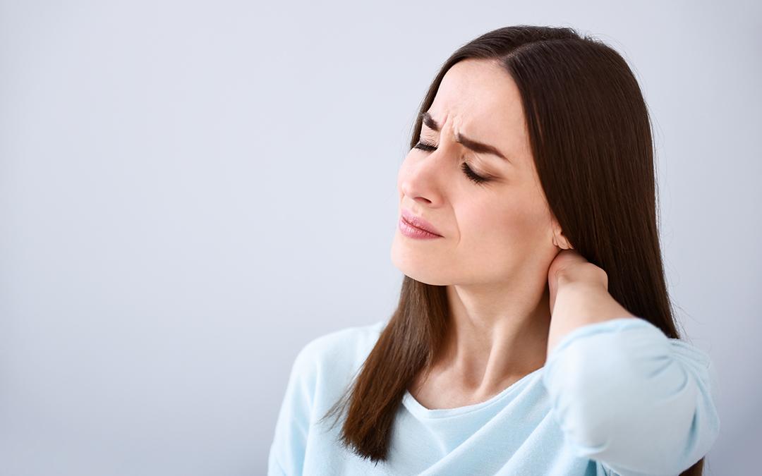 Dolore al collo: quando allarmarsi…. e quando no!